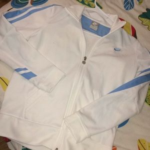 EUC NIKE WHITE ZIP JACKET